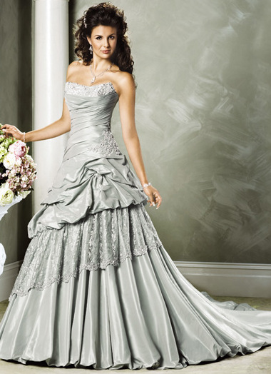 Silver wedding dress 1 fantastical wedding stylings for Silver wedding dresses 25th anniversary