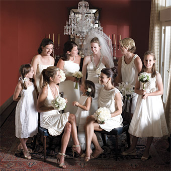 That Recently Sported An All White Wedding Party The First By Traditional Standards Was Royal Of Prince William And Kate Middleton Which
