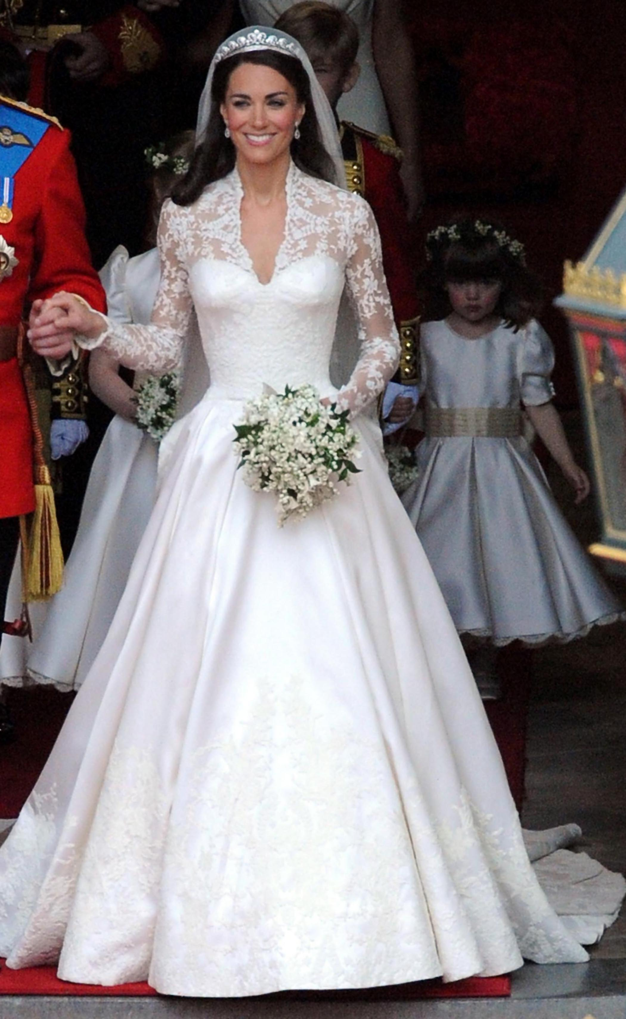 Iconic Wedding Dresses & their Iconic Spin-Offs | Fantastical ...