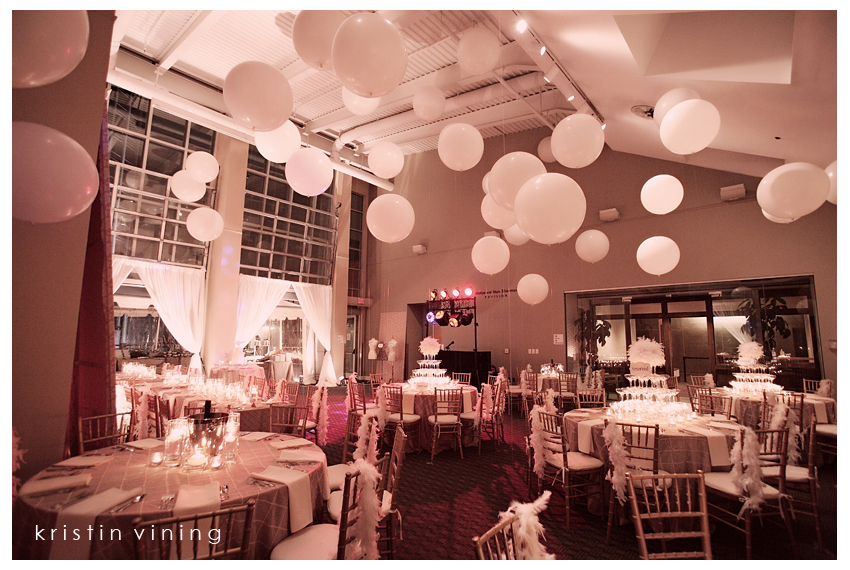 Full of hot hair balloon wedding inspiration for Balloon decoration for weddings