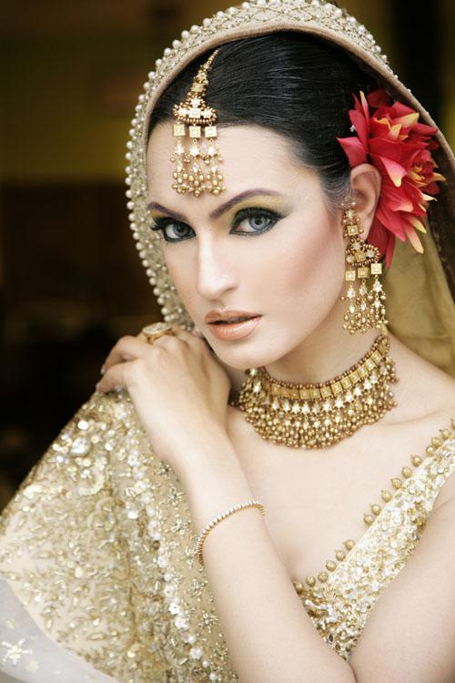 Glitter, Gilded and Glamorous! Fantastical Wedding Stylings