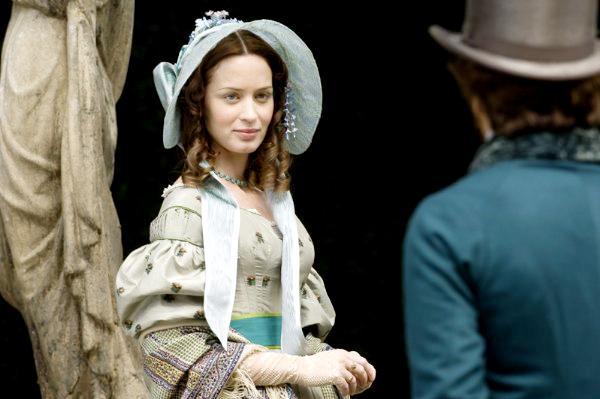 მსახიობები ,რომლებსაც დედოფლის როლი უთამაშნიათ !!! Youngvictoria35