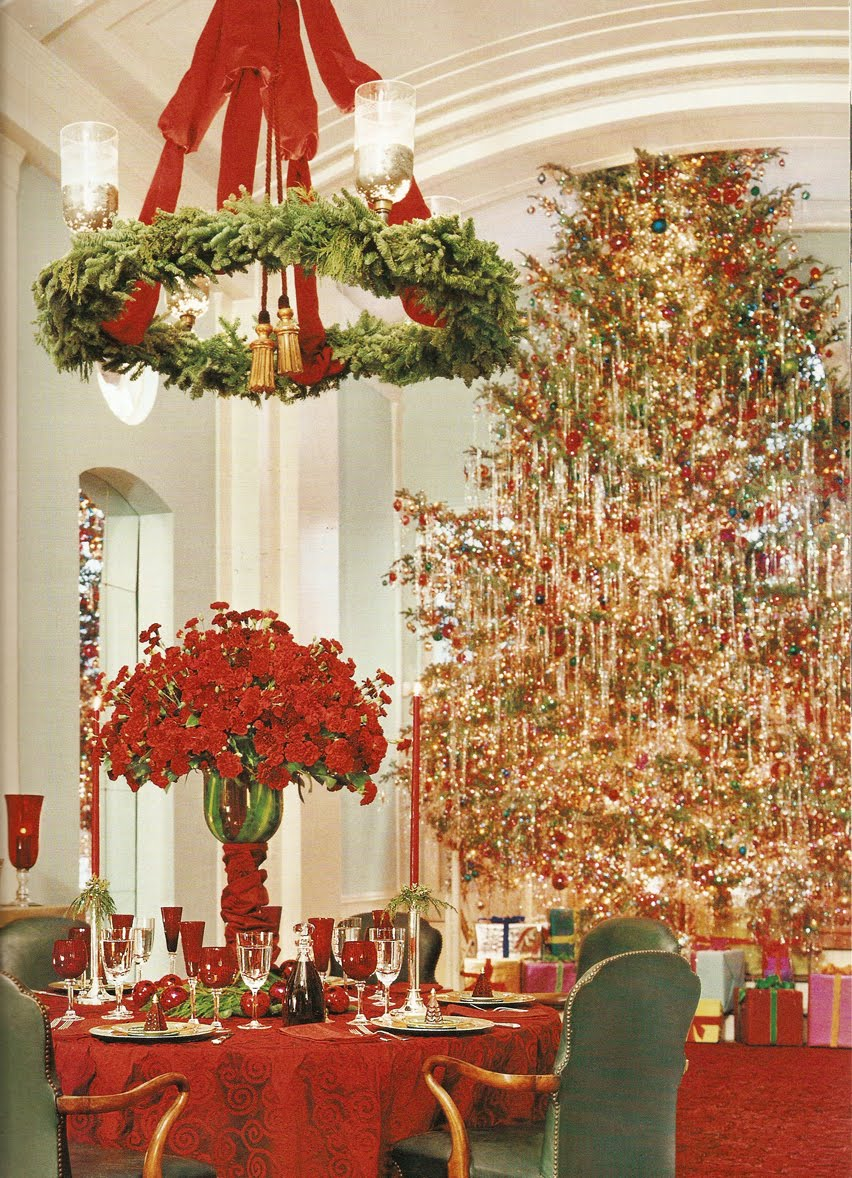 White christmas tree with red decorations - White Christmas Tree With Red And Green Decorations Photo 16