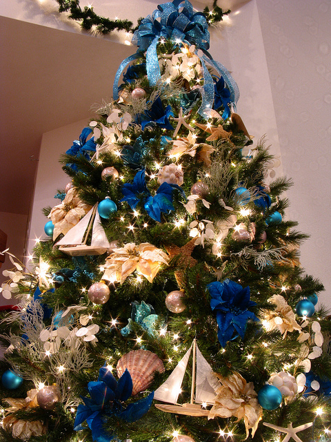 blue white christmas tree ii - Blue And Gold Christmas Decorations